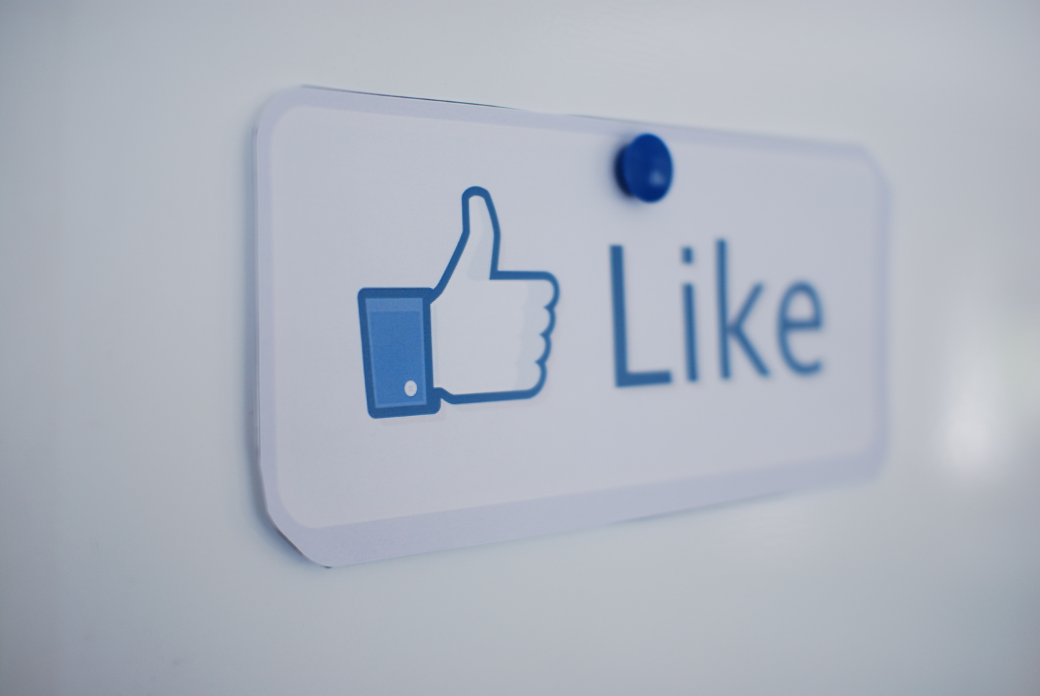 Want More Likes? The Best Time Of The Day To Post On Social Media