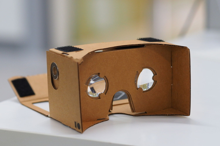 Assembled_Google_Cardboard_VR 2nd Gen_opt.jpg