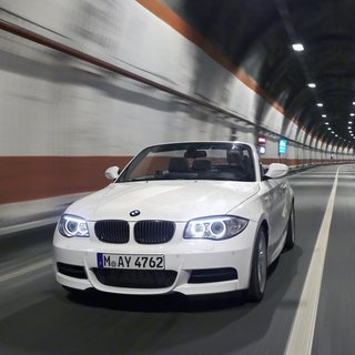 BMW 1 Series Convertible 123d (2014)