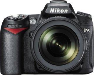 Nikon D90 + Nikkor AF-S 18-105mm f/3.5 -5.6G ED VR