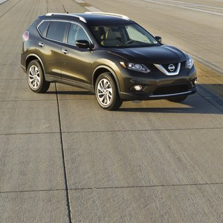 Nissan Rogue S (2014)