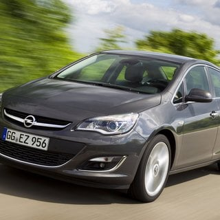 Opel Astra Expression (2014)