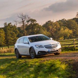 Opel Insignia Country Tourer 2.0CDTi (2014)