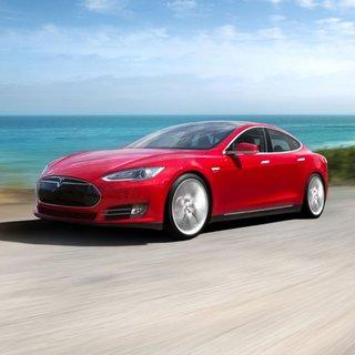 Tesla Model S 85 (2014)
