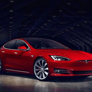 Tesla Model S 70 (2016)