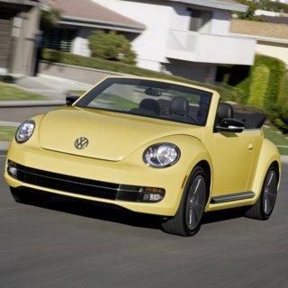 Volkswagen Beetle Cabriolet 1.2 TSI (2014)